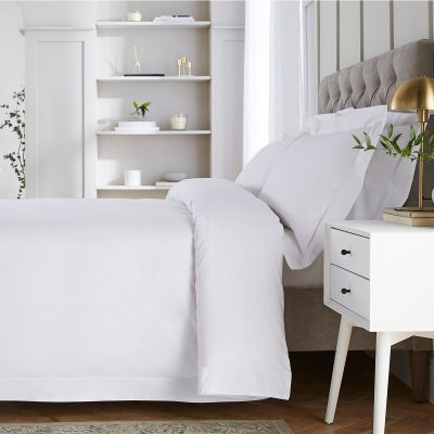Hampstead Bed Linen Collection - 200 TC - Cotton - White