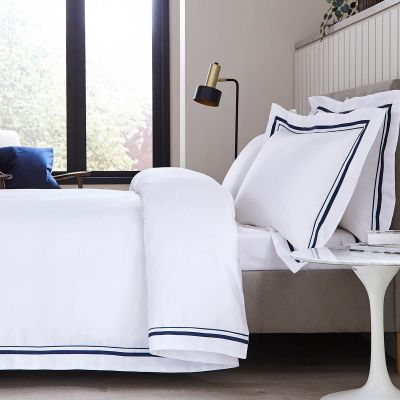 Knightsbridge Duvet Cover - 600 TC - Egyptian Cotton - White/Navy