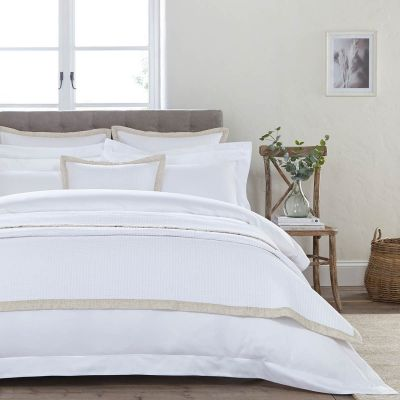 Devon Throw 1.5m X 2m - White