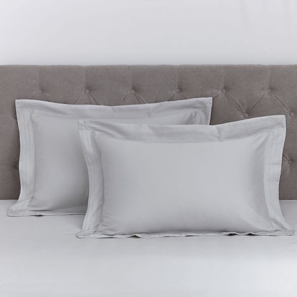 Pair of Marseille Oxford Pillowcases - Super King - 600 Thread Count - Grey