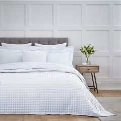 Connection Waffle Bedspread 2.5m x 2.6m - White