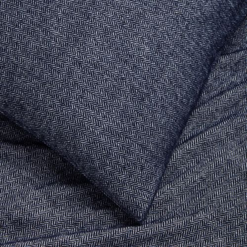 Chamonix Throw 1.5m X 1.8m - Navy