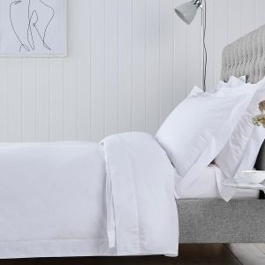 Chelsea Bed Linen Collection - 200 TC - Cotton - White