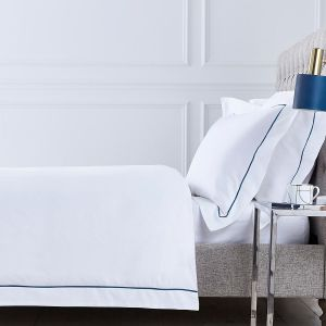 Mayfair Duvet Cover - 400 Thread Count - Navy