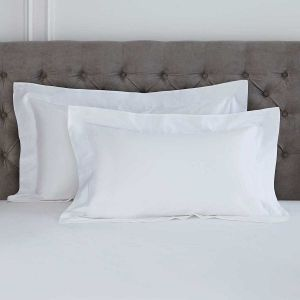 Pair of Mayfair Oxford Pillowcases - 400 TC - Egyptian Cotton - White