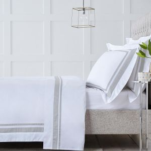 Venice Bed Linen Collection - 400 Thread Count - White/Putty