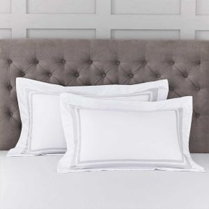 Pair of Venice Oxford Pillowcases - 400 Thread Count - White/Grey