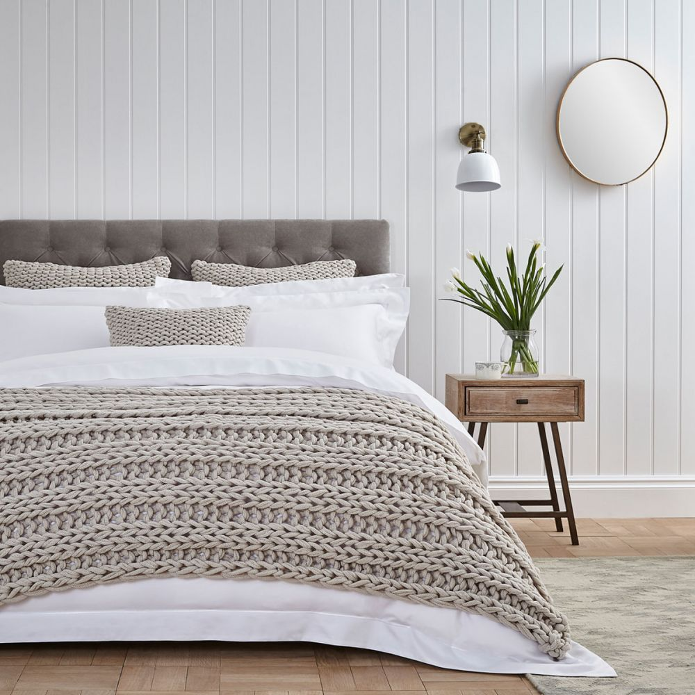 7 Ways To Create The Most Cosy Comfortable Bed
