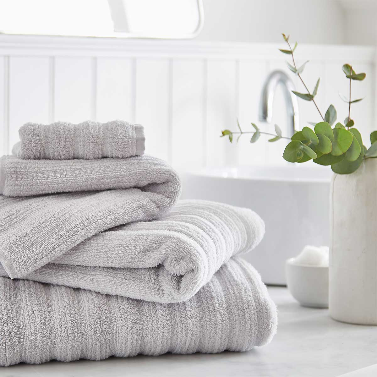 How To Choose The Perfect Bathroom Towel