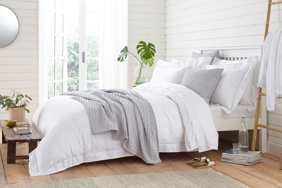 Get Your Bed Summer Ready With Best Bedding Products
