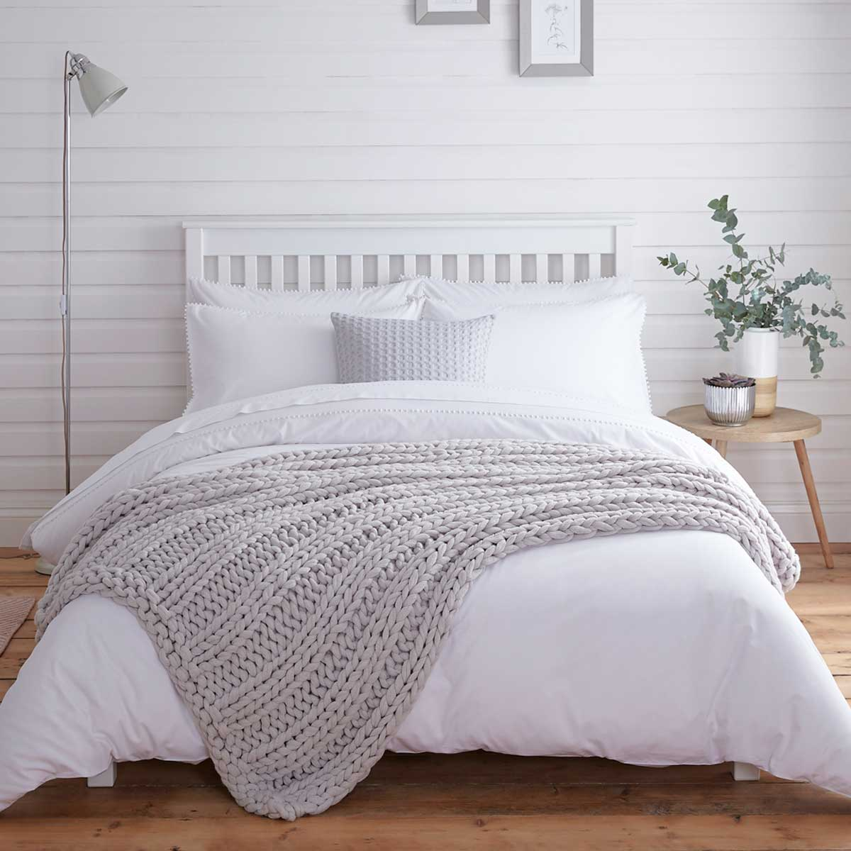 How to Buy Comfortable and Luxury Bedding for Your Bedroom