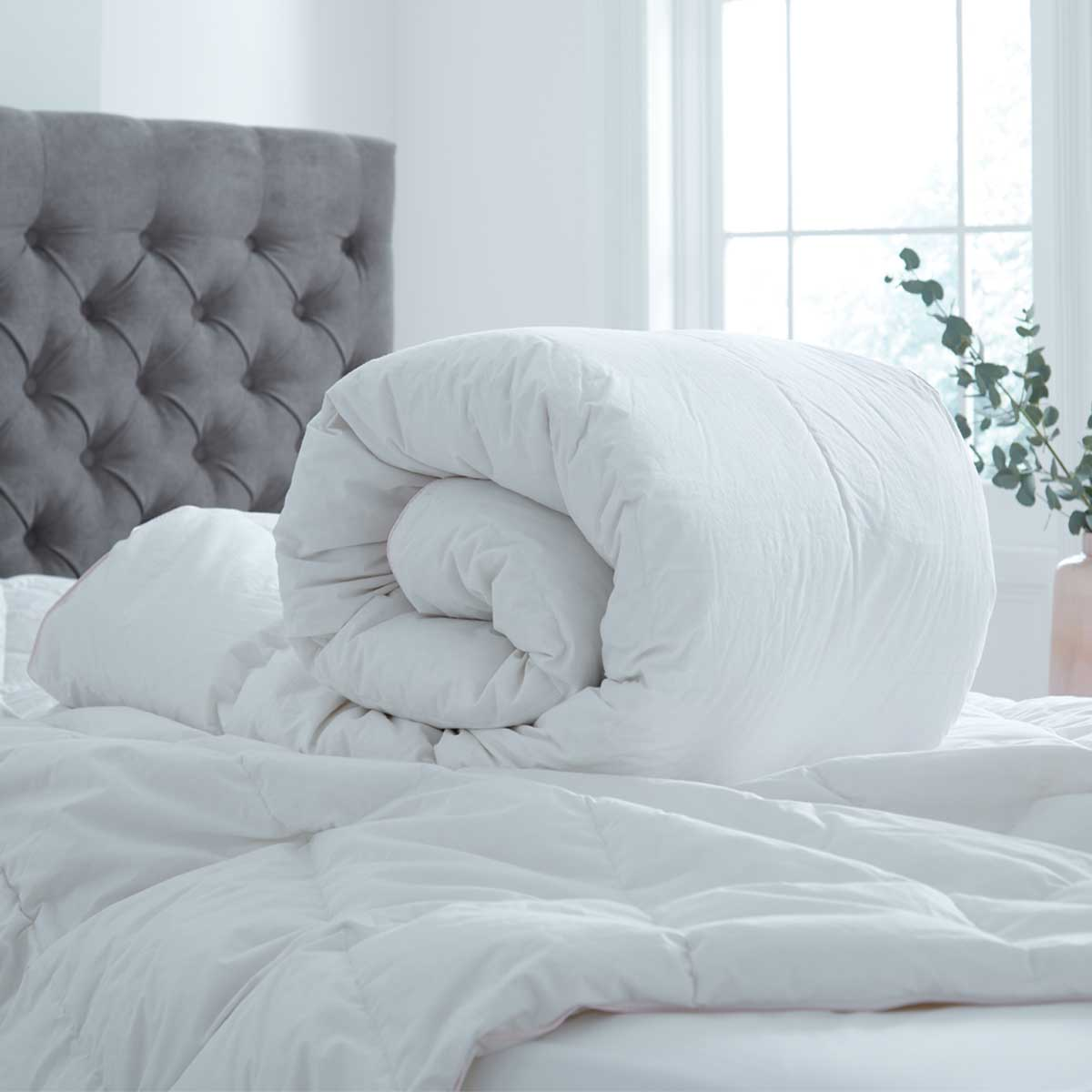 How To Stay Warm In Bed At Winter - DUSK
