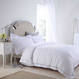 Isabel White Duvet Cover - King Size